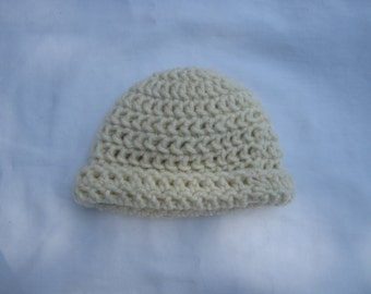 Crochet cream colored hat for newborns and infants