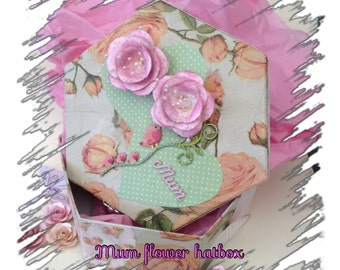 Hat box shaped box for a Mum, Gift ideas for a mum, Gift box for a mum, keepsake box for a mum
