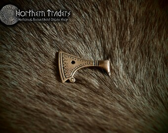 Axe-shaped pendant