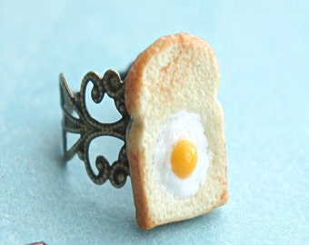 egg in the basket ring- miniature food jewelry, breakfast ring, toast ring, bread ring