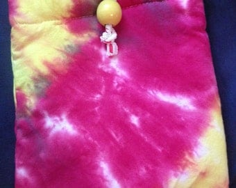 Padded Tie Dye Pouch(crooked seam)