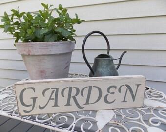 "Distressed Wooden ""Garden"" Sign"