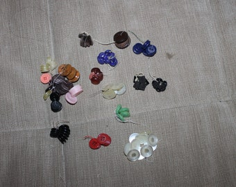 20 Bunches of Vintage Buttons, Different Materials & Sizes, Great for Crafting or Sewing Projects, Collectibles, Very NICE Different Colors