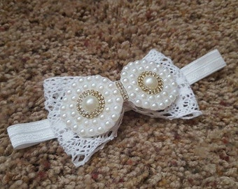 Lace Bow w/ Pearls Band