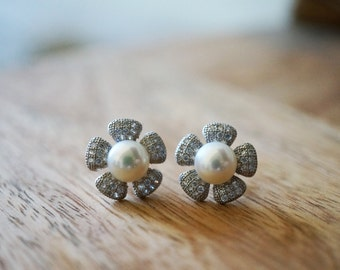 Flower Pearl Stud Earrings - Sterling Silver Jewelry, Bridesmaid Gift, Bridal Jewelry, Wedding Jewelry, Pearl Studs, Dainty Jewelry