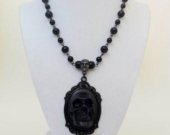 Skull Cameo Necklace Gothic Horror Halloween Jewlery Black Death