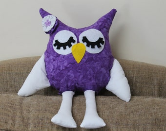 owl, purple and white owl, stuffed, plush owl, shabby chic owl, Toy Owl, Nursery Decor, Sofa Pillow, Baby Toy, Home Decor, Party Favors