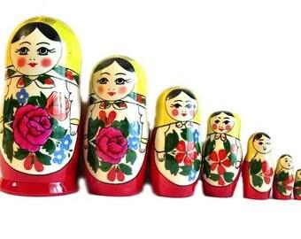 Traditional nesting dolls handmade - Rossiyanochka