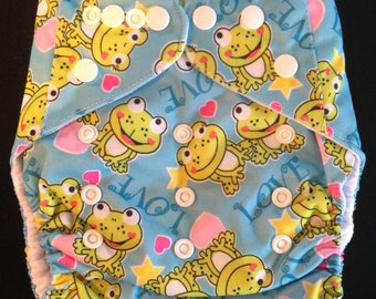 Adjustable Snap Reusable Pocket Cloth Diaper Cover with 2 free inserts Frogs and Hearts Print