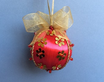 Red Gold Sequined Christmas Ornament