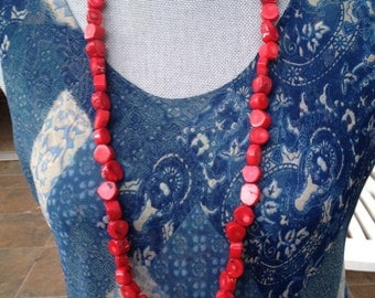 """P- 34"""" Vintage Red Tagua Nut Necklace"""