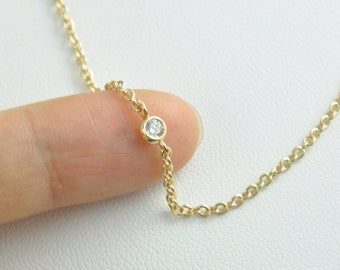 18K Gold Tiny Crystal Necklace - Everyday jewelry, Simple Necklace