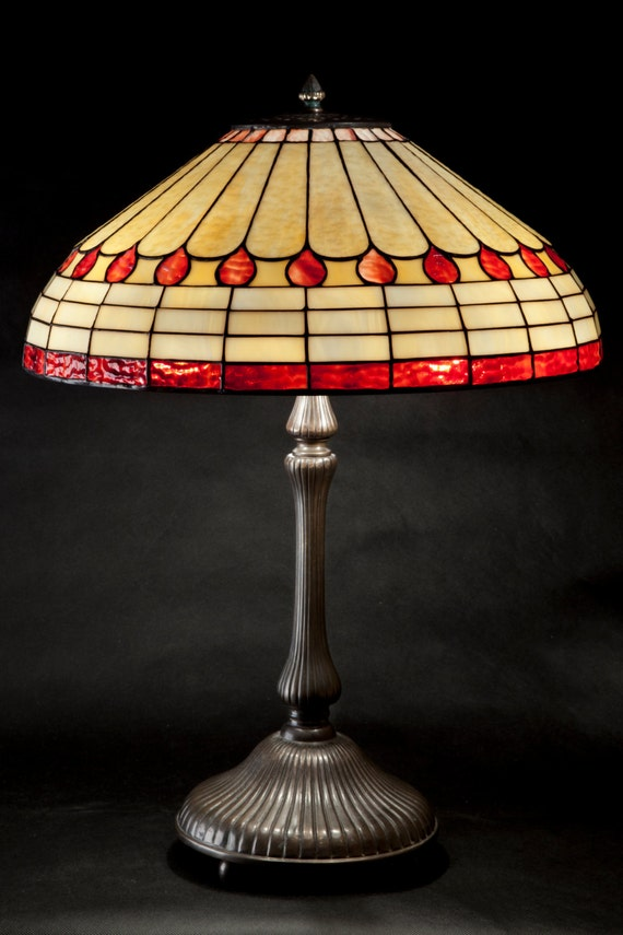 Art Deco Lamp Shade, Art Deco Light, Stained Glass, Table Lamp, Vintage Lamp, Art Deco Light Fixture, Art Deco Lighting, Bedside Lamp