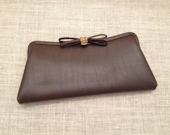 Brown Vintage Vinyl Clutch With Heavy Gold Metal Clasp And Bow Floral And Bows Cotton Lining