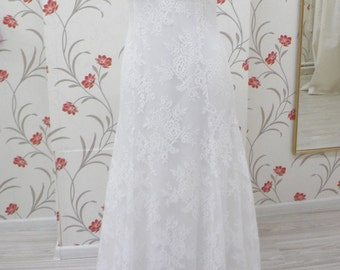 Boho Lace Wedding Dress Bohemian Style Vintage Inspired with Open Back, Sweetheart Neckline and Long Lace Train