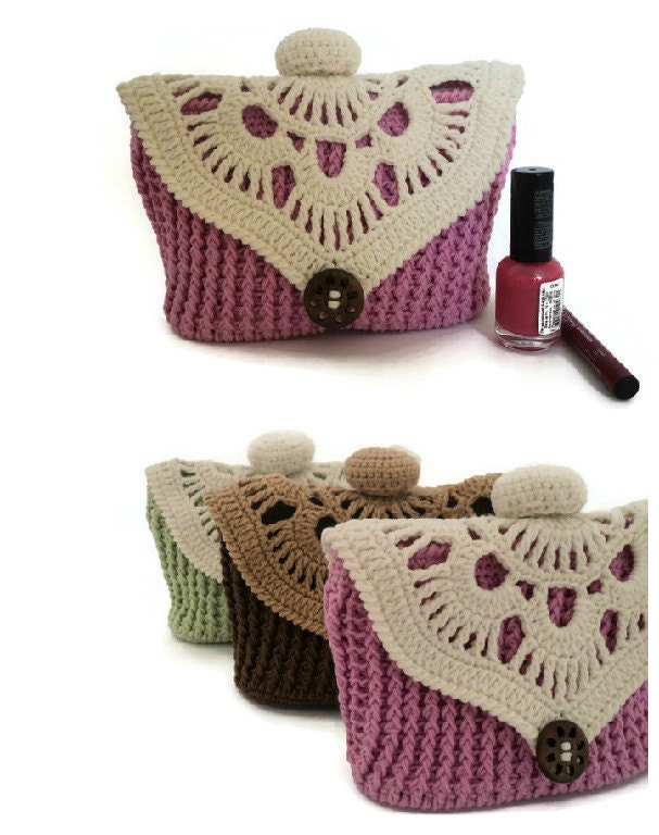 Knitting Pattern Makeup Bag : Womens gift Knit cosmetic bag Pink makeup bag by skeinofwool