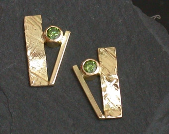 18K gold green diamond earrings, green stone earrings, green diamond gold earrings, emerald green diamonds, treated green diamond gold studs