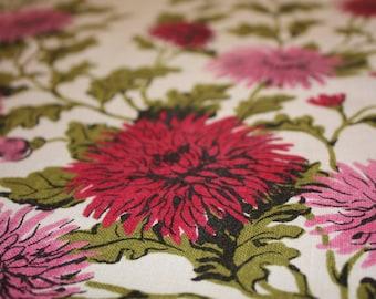 Sweet Floral Vintage Cotton-Linen Blend Tablecloth