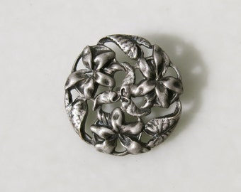 VINTAGE LILLY BUTTON from France