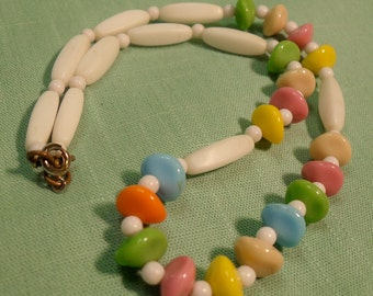 Vintage Pastel & White Milkglass Bead Necklace