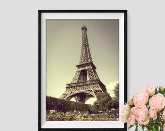 Vintage Paris Print Instant Download Eiffel tower Art Paris decor Wall Art Paris Photography Poster Tour Eiffel Print