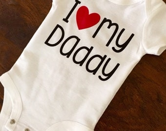 I love My Daddy - Baby Bodysuit - Baby Clothing - New Daddy Gifts - Baby Shower Gifts - Pregnancy Announcement Baby Bodysuits