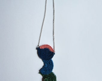 Crochet necklace with sea ceramic