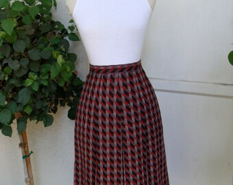 Vintage 1970s Wool Houndstooth Pleated Skirt