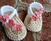 MADE TO ORDER Custom Made Crochet Thong Baby Sandals with flowers - flip flops for your baby girl, Newborn, 0-12 months