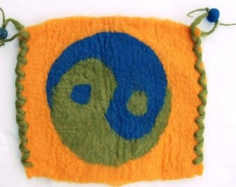 Wall yin yang zen wool felted. Felt your prayers and intentions