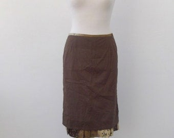 Brown skirt ruffles / Brown frilly skir