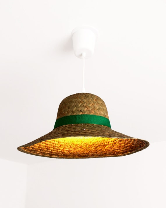items similar to suspension chapeau de paille lampe straw hat pendant lighting lamp on etsy. Black Bedroom Furniture Sets. Home Design Ideas
