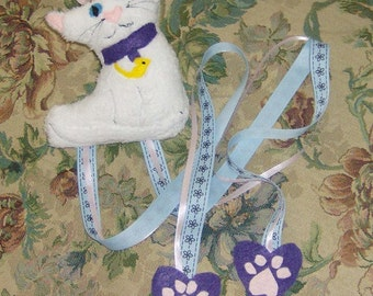 White Kitty Cat Bowholder Hair Clip Holder Bowholder Plush and Ready To Ship