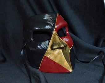 Venetian Mask - Bauta (red and gold)