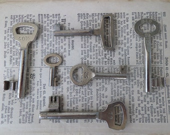 Old Berlin key set vintage #6