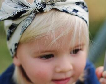 Feather print blue and khaki twisted headband