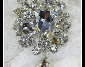 Rhinestone Wedding Bridal Brooch, dangling teardrop, dangling brooch #0151