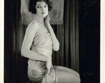 1920's Era Actress Myrna Loy-Classic Pose-Black and White print - Multiple Sizes [730-023]