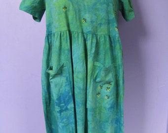 Hand-dyed short-sleeved dress, size medium
