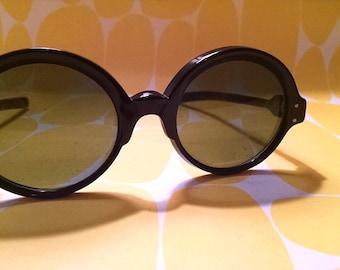 Vintage 60s Mod Sunglasses