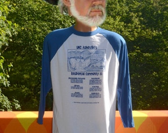 vintage 80s t-shirt UNC Asheville unca bulldogs baseball raglan ringer tee Large Medium white blue