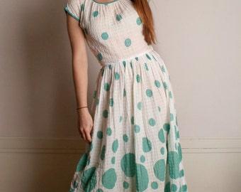 Vintage 1950s Dress - Mint Green Bubbles Circles Print Gauze Dress - Medium