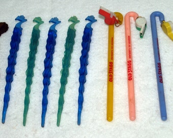 Lot of 10 Plastic Vintage Liquor Swizzle Sticks Stirrers Old Stagg Seagrams Calvert Reserve Zulu-Lulu