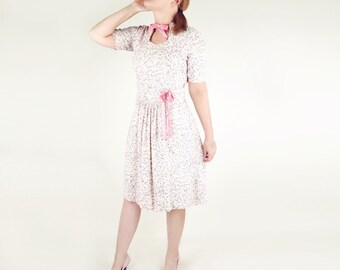 40s Pink Novelty Print Holiday Scenes Rayon Dress with Pink Velvet Ties L