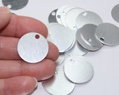 "7/8"" Diagonal Grain Stamping Blanks 10 Or More 22.17mm 20 Gauge Brushed Anodized Aluminum Pendants Discs 3mm Hole Silver Solid Lightweight"