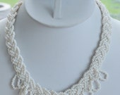 """Pretty Vintage White Glass Seed Bead Woven Necklace, Gold Clasp, Hippie, Boho, 17""""  (Z11)"""