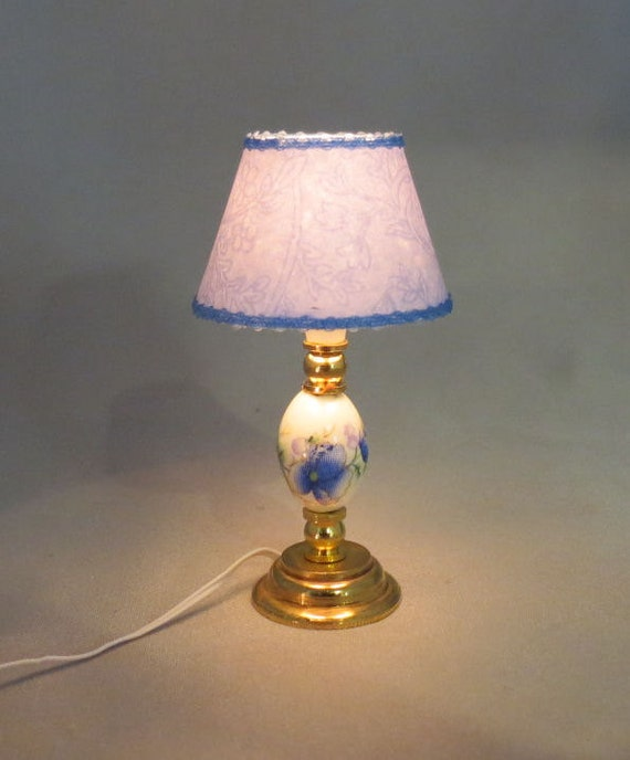 Dollhouse Lamp Miniatures: Dollhouse Miniature Lighted Ceramic Blue Floral Table Lamp