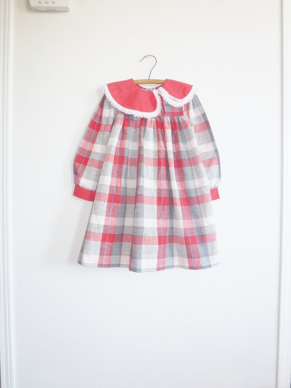 Vintage girl s grey and red plaid dress by apearsvintagegoodies