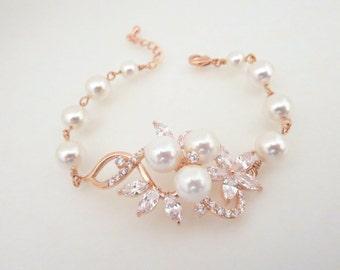 Rose Gold bracelet, Crystal Wedding bracelet, Pearl Bridal bracelet, Wedding jewelry, Pearl bracelet, Swarovski bracelet, MIA