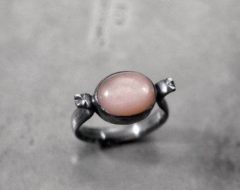 you can fall for pretty strangers… peach moonstone ring, sterling silver - size 8
